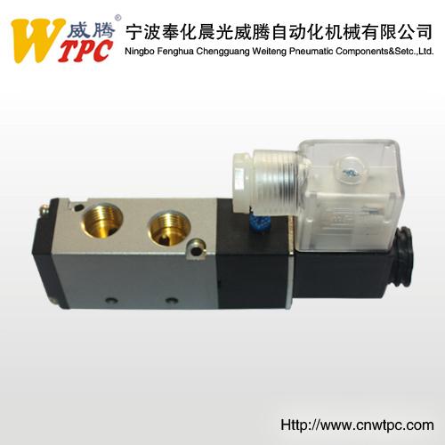 "airtac 4V210-08 MADE IN CHINA solenoid Valve 1/4"" 220V"