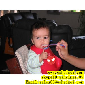 Much better than sew baby bib—fashion and newest silicone baby bib in wholesale