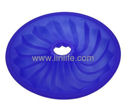 Lekue Silicone Bundt Cake Pan Mold Kitchen Bakeware Blue 10-Inch Made In Spain