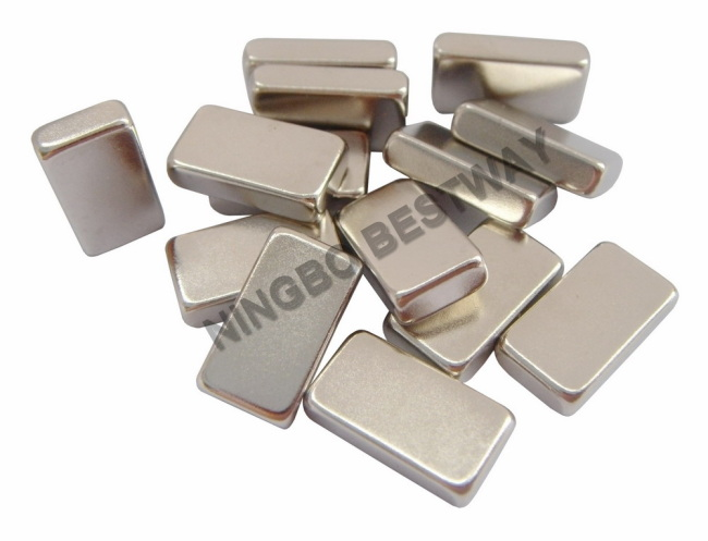 Sintered NdFeB Block Magnets N35 Ni L14.5*8*3.5mm