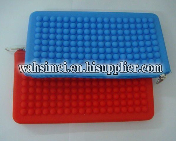 OEM/ODM Promotional gift silicone purse for lady