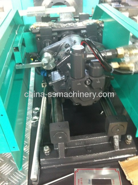 50T Variable pump injection molding machine