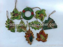 wood carved leaf shape ornament