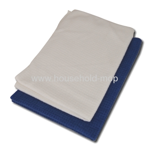 microfiber towels are made up of hundreds of thousands of sp