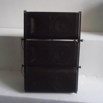 6.5Line Array With 3 Wooden Painted Speaker Boxes