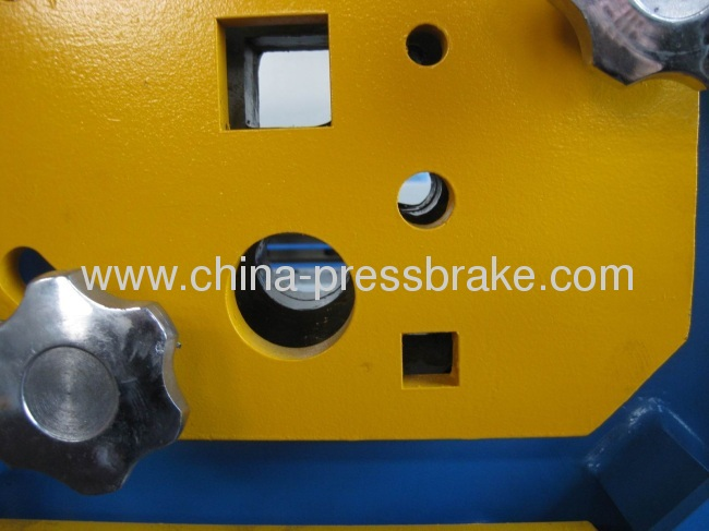 hydraulic iron- worker machinery