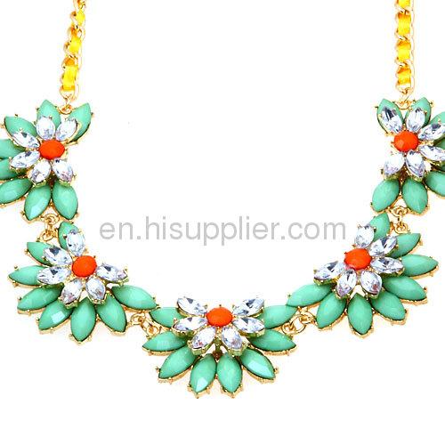 Wholesale Designer Gorgeous Color Lotus Chunky Flower CollarBib Necklace
