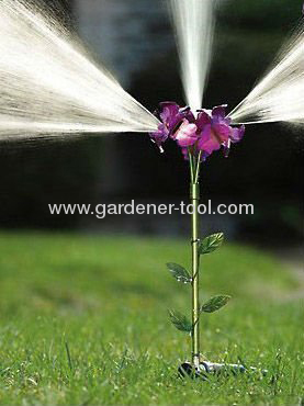 Plastic 3-head Flower Sprinkler Water Sprinkler Dancing sprinkler Yard Sprinkler
