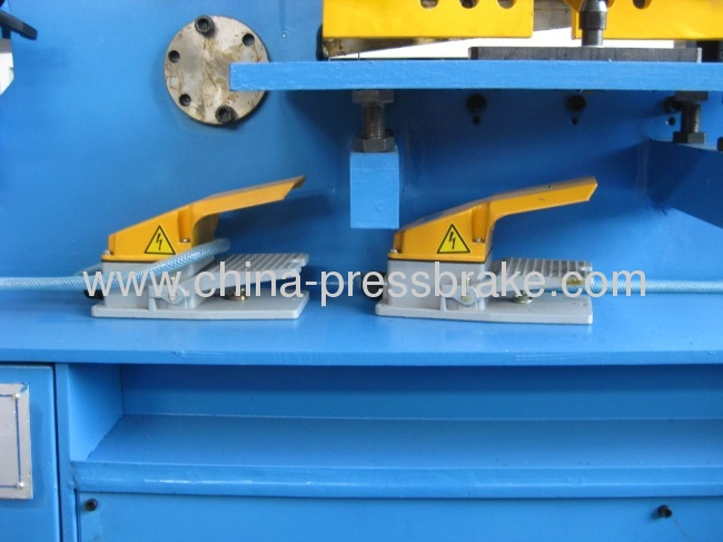 hydraulic iron- worker machine