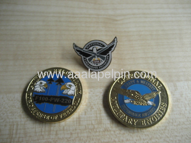 Hawk eagle shape gold-plating lapel pin ,offset plated pins with high quality, Custom Popular badges
