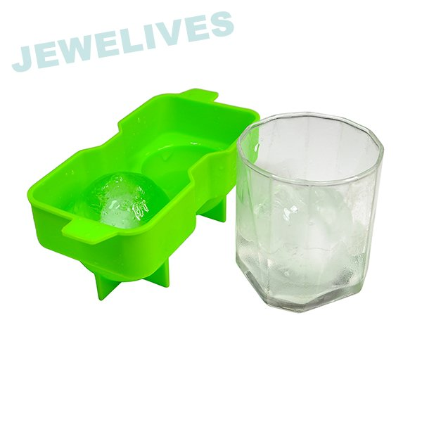 LFGB &FDA 2.4inch Ice ball mold in Green