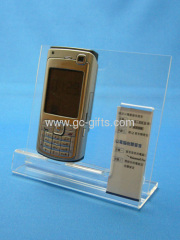 Clear cellphone display showcases