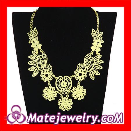 Vintage Designer Flower Bib Necklace