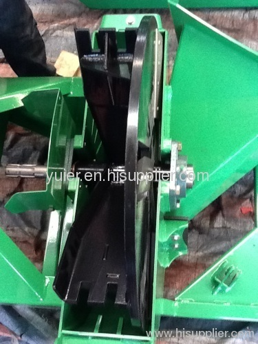 Pto Drive Wood Chipping Machine From China Manufacturer