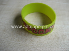 fashion imprinted silicone wristbands silicone