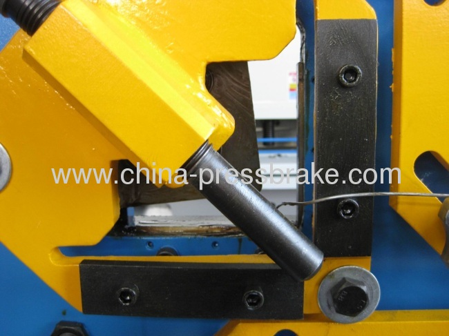universal hydraulic iron-workers machine