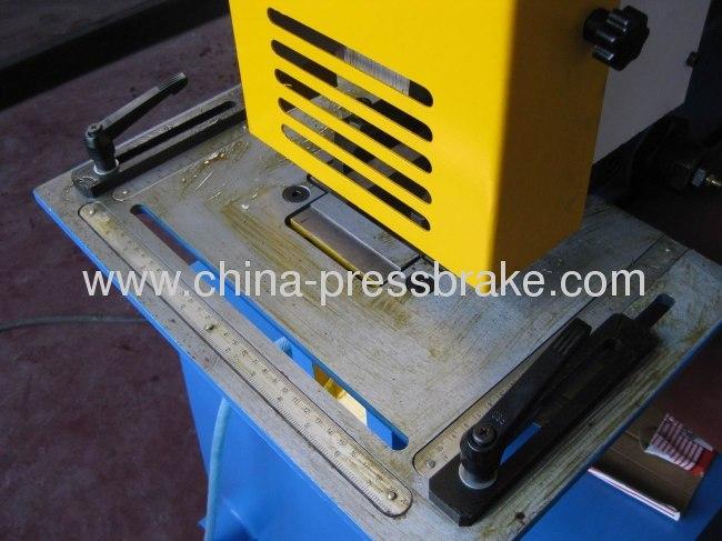 hydraulic notching and punching machine