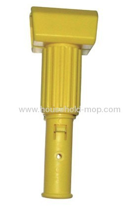 Microfiber chenille Twist-on-gripper mop