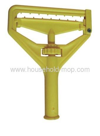 Microfiber chenille Twist-on-gripper mop AD031