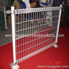 Wire Mesh post fences