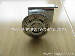 Mitsubshi Elevator triangle lock lift parts good quality