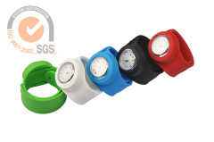 New style silicone sport fashion wrist watch with calendar date