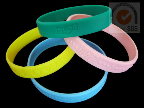 Sport Rubber Wist Brand With Embossed Logo