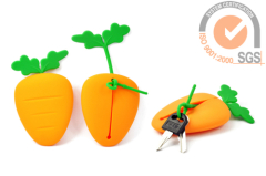 Carrotfantasy Silicone Key case & key bab in Carrot shape