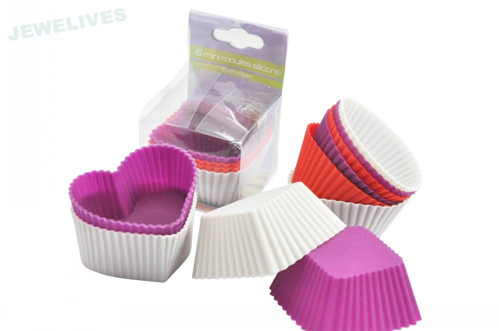 Eco-friendly4cupsSilicone heart baking pans