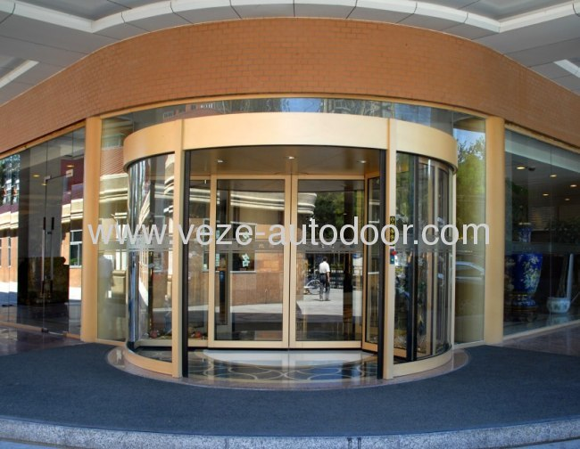 Three-wing automatic revolving doors
