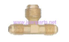Brass pipe fitting three way reducing tee
