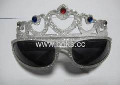 2013 cheap customized plastic party glasses