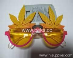 2013 yellow popular plastic party glasses
