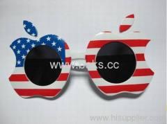 2013 apple shape plastic party glasses