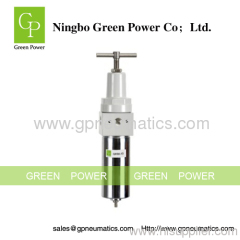 High pressure filter regulator