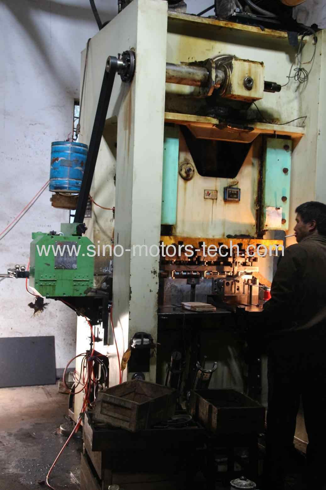 high speed punching machine-1