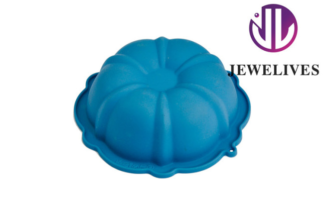Non-stick sunflower Silicone cake pans in blue color