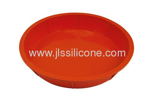 Dishwasher safe silicone bakeware cake slices