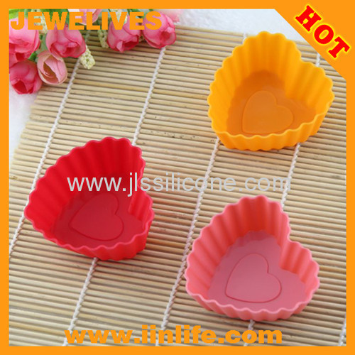 Candy color heart shaped silicone cupcake bakeware