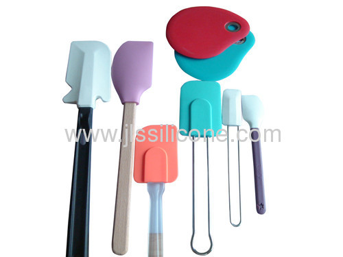 silicone kitchen tool scraper with wood handle