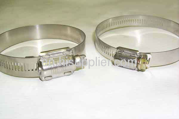 American type hose clamp with retaining clamp