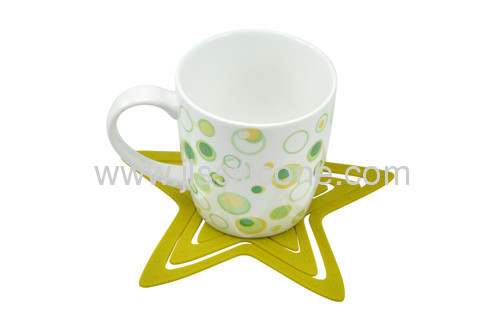 Fashion designed kitchen tools star silicone cup mat