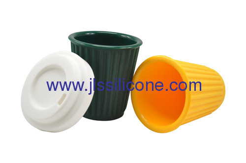 Easy carry kitchen tools silicone coffee cup with lid