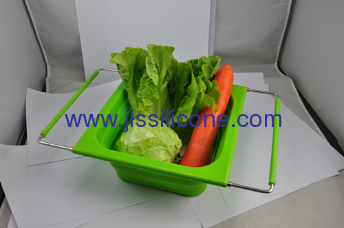 new kitchenware collapsible silicone basket with stainless steel handle