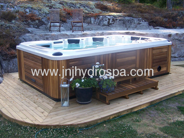 6 Persons Large Hot Tub With 32 Lcd Tv From China