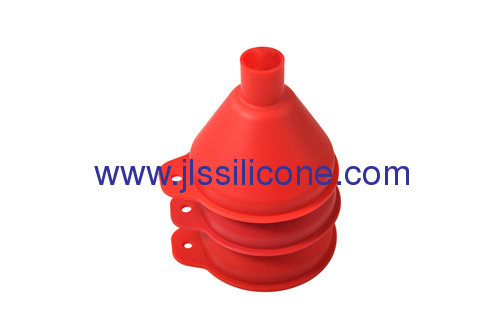 Middle sized silicone funnel in red