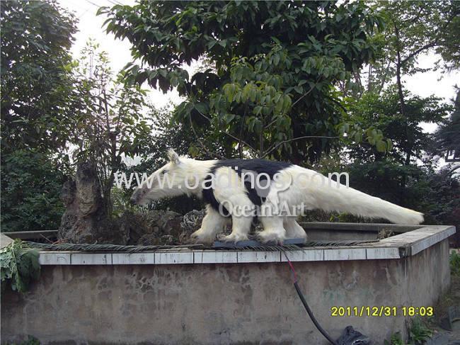 Animatronic Giant Animal Anteater