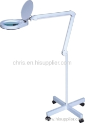 LED daylight magnifier lamp