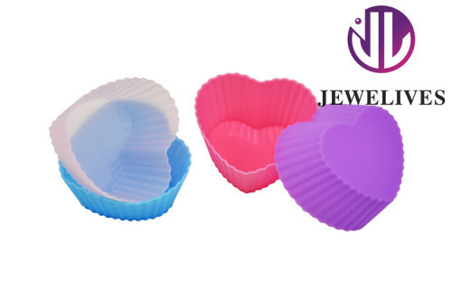 Nonstick Silicon Baking mold in heart shape