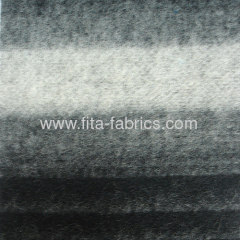 Knitted fleece fabric made of wool/polyester